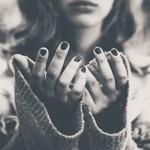 自分の指先を最後に触った時の事って覚えていますか?